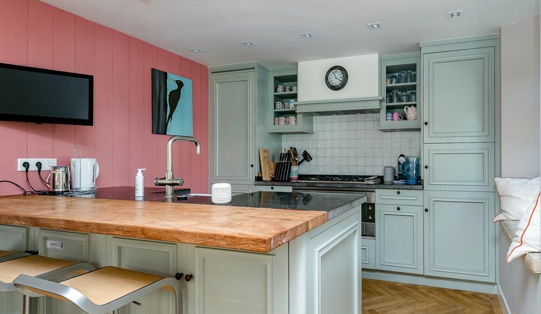 Het Boshuis Oostkapelle kitchen