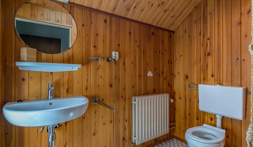 De Zeester Oostkapelle bathroom 2